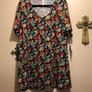 LuLaRoe Perfect Tee 2XL
